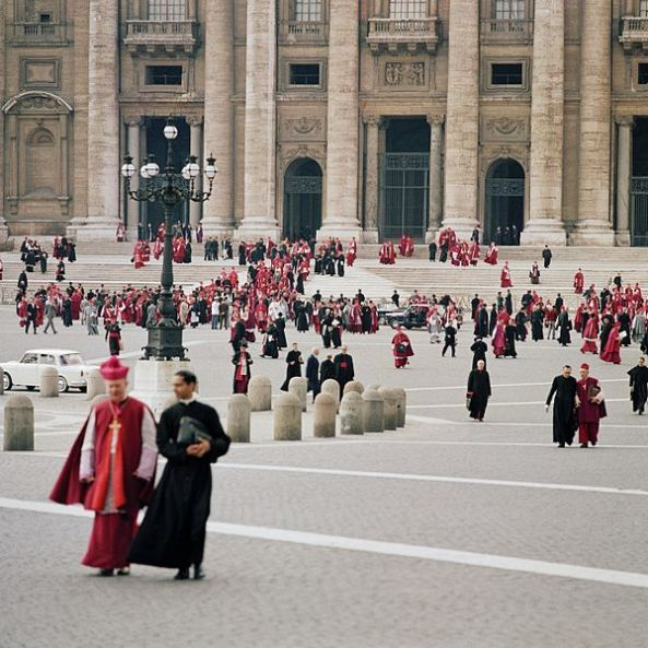 600px-Second_Vatican_Council_by_Lothar_Wolleh_006