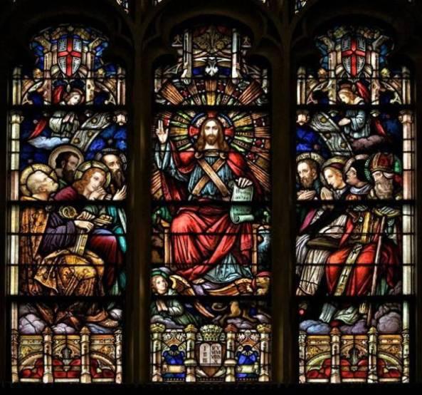 Vitral de Cristo Rey del Universo