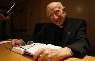 El padre Loring hablaba claro, con pasión, firmeza y una sonrisa frecuente