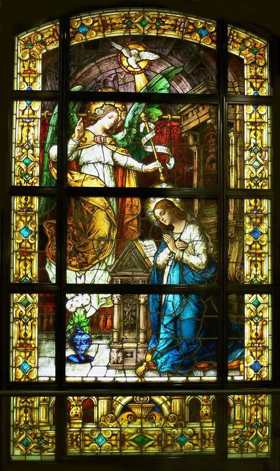 La Anunciación - Vitral