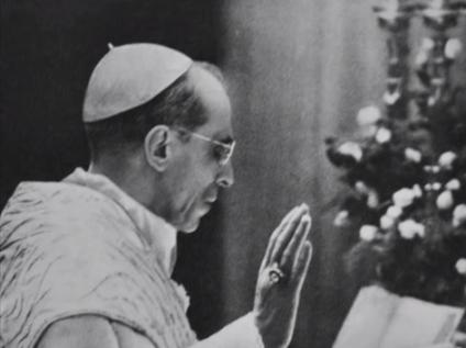 Sanctissimus Pius XII cantat Praefatio Paschalis