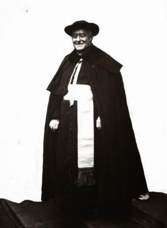 Roncalli fue denunciado por enseñar las doctrinas de Luis Duchesne, que fue censurado por el Santo Oficio a causa de su lectura modernista de la historia de la Iglesia.