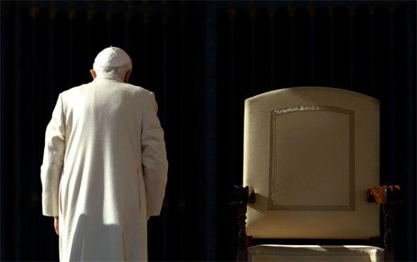 Benedicto XVI renuncia