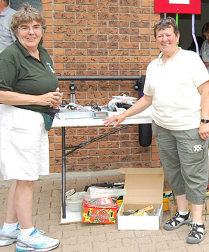 Sisters Kathleen Kelly and Elaine Arsenault, SSS